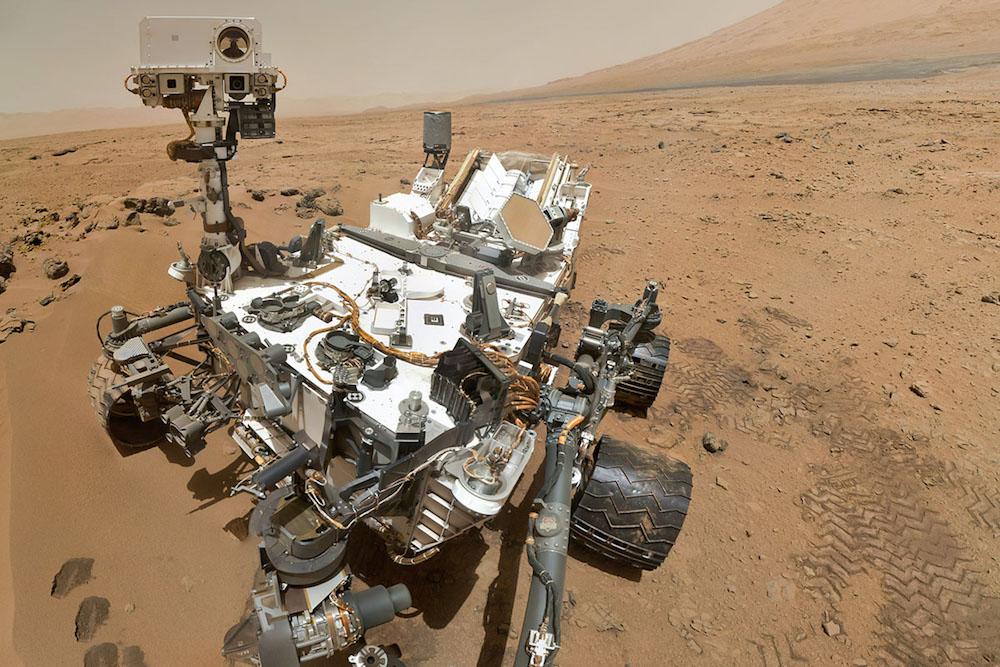 <strong>Највећи марсоход икада - Curiosity, 2012.</strong> садржи геолошке и метеоролошке инструменте и истражује кратер Гејл на Марсу ради утврђивања да ли је икада постојао неки облик живота.