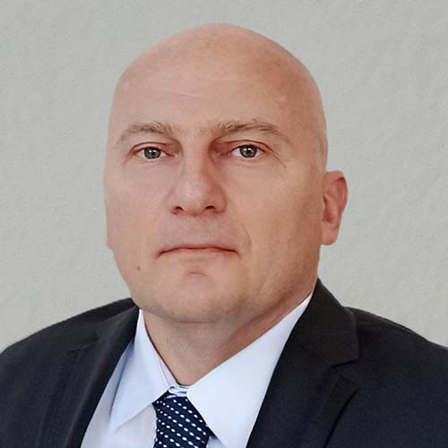 МЕФ ФАКУЛТЕТ - ПАВЛЕ РАДОВАНОВ
