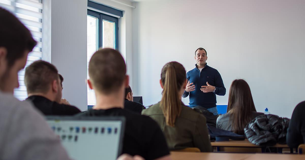 MEF fakultet - Панел дискусија Милош Мастиловић
