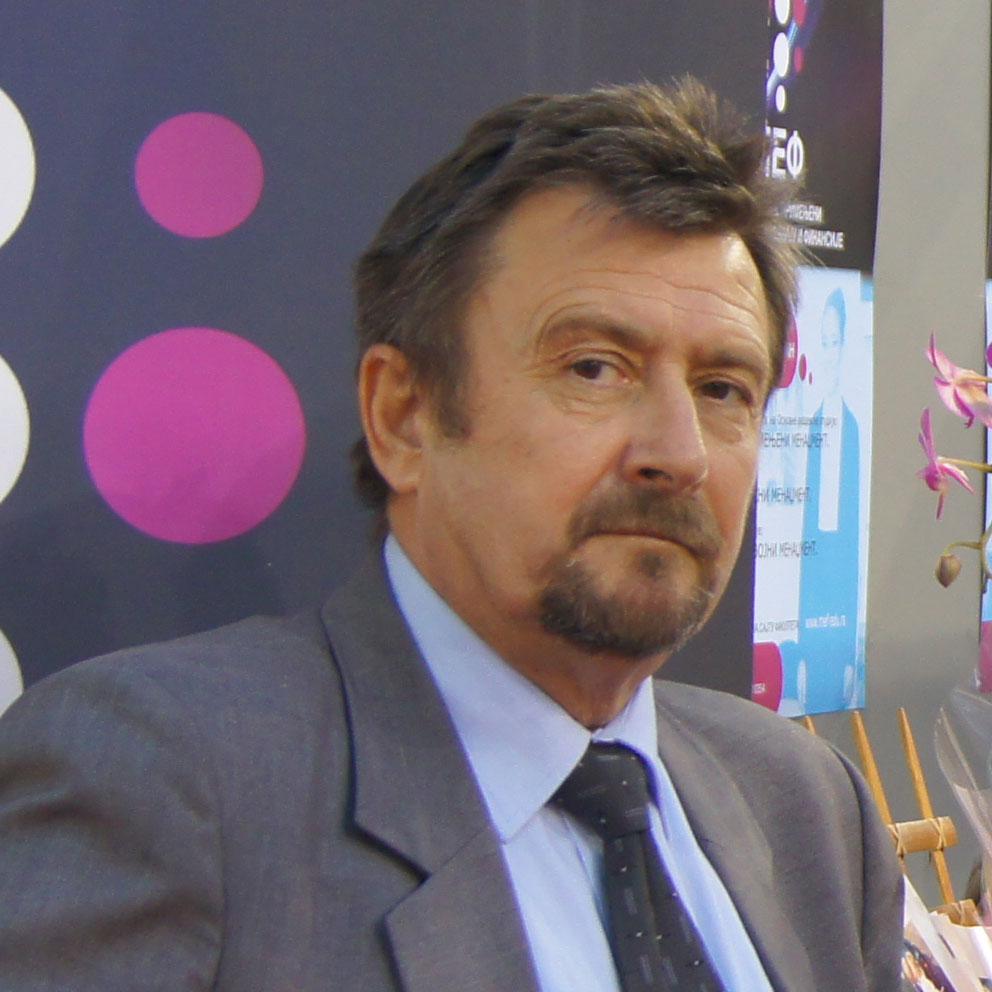 Миодраг Брзаковић