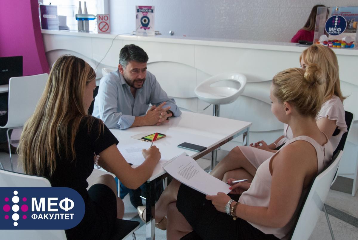 Buducnost je u digitalnom marketingu - Janos Haralambides - intervju